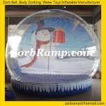 11 Inflatable Snowing Globe