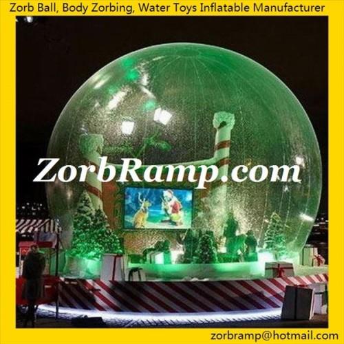 21 Inflatable Christmas Show Globe
